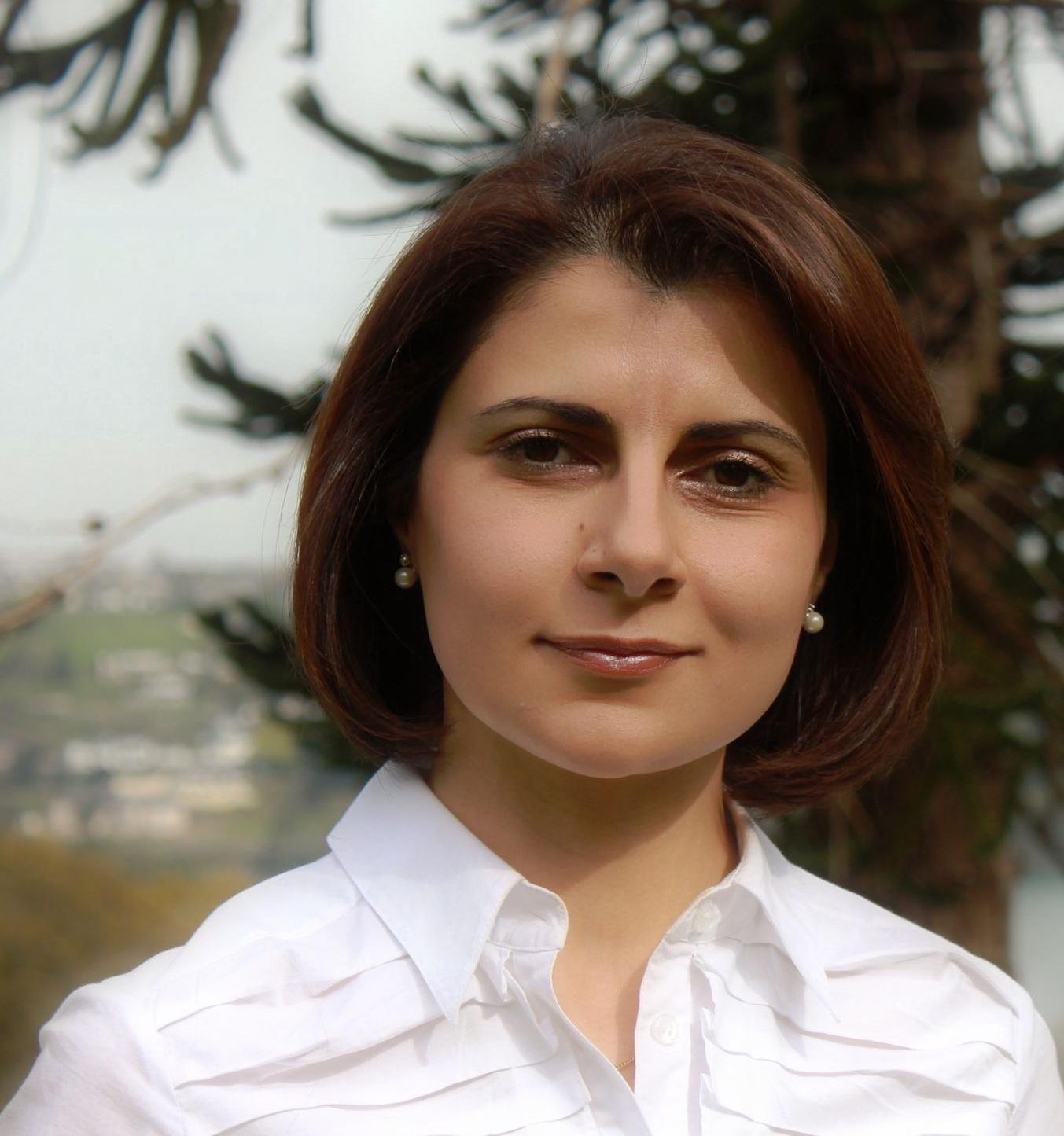 Dr Sonya Hanna