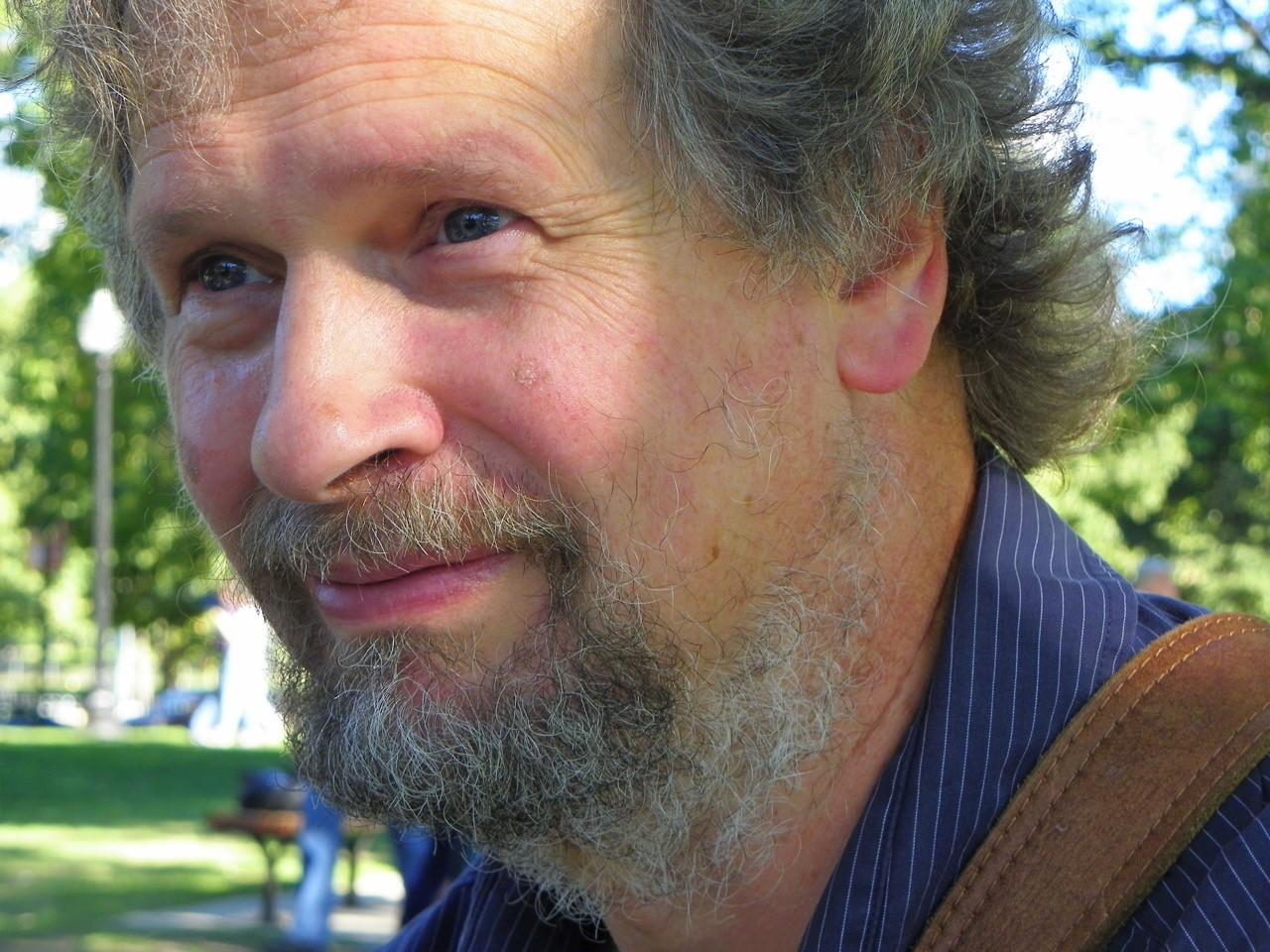 Dr Eben Muse