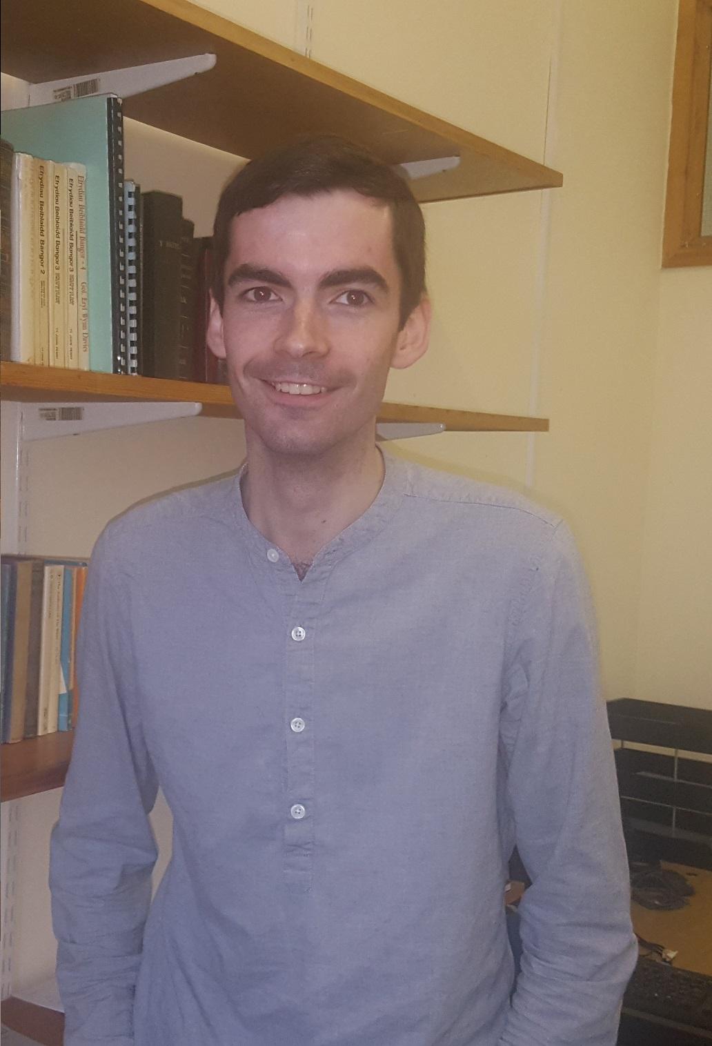 Dr Gareth Evans Jones