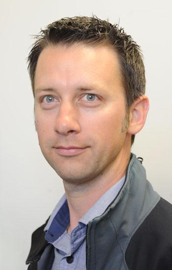 Dr Martin Austin