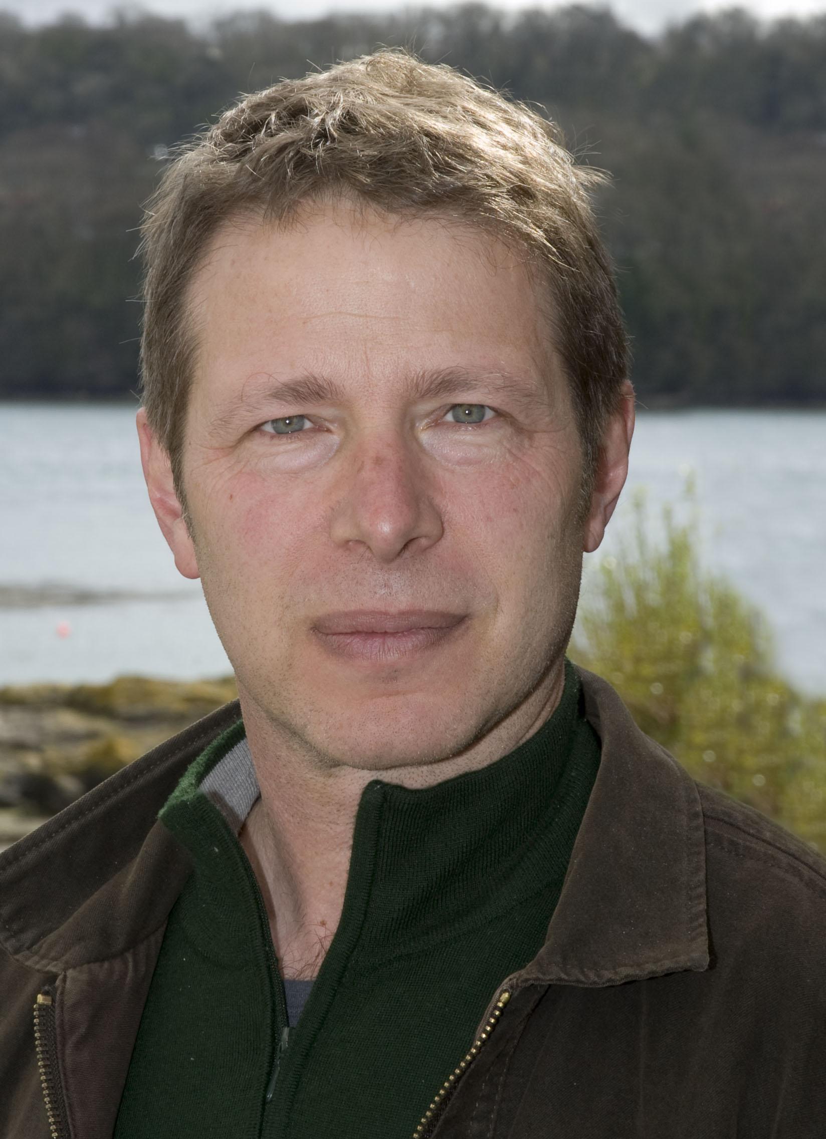 Prof Lewis Le Vay