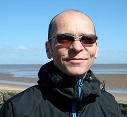 Prof Simon Creer
