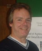 Dr Fergus Sinclair